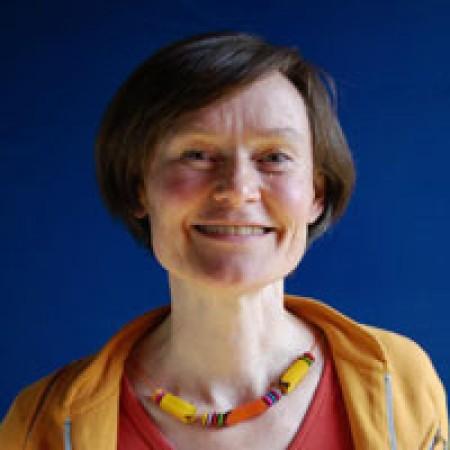 Profile photo of Lucinda Broadbent